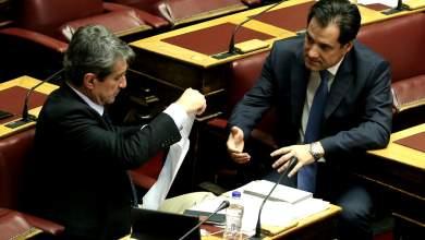Χαμός με τον Λοβέρδο που κατέθεσε απόρρητα έγγραφα στη Βουλή