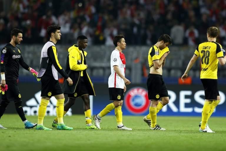 Ξέσπασμα Παπασταθόπουλου και άλλων παικτών της Ντόρτμουντ κατά UEFA: Δεν είμαστε ζώα!
