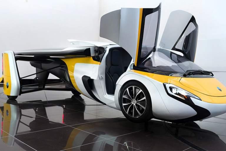 Ακριβή «απάντηση» στο μποτιλιάρισμα - 'Ετοιμο για παραγγελίες το ιπτάμενο αυτοκίνητο