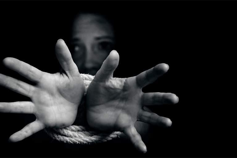 Αποτέλεσμα εικόνας για Μολδαβή, θύμα τράφικινγκ
