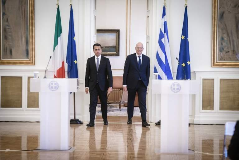 Συμφωνία Ελλάδας - Ιταλίας με το βλέμμα στην Τουρκία: Οι όροι και τα «γκρίζα» σημεία